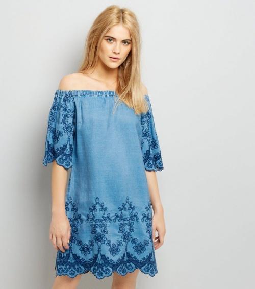 Robe bardot bleu jean brodée