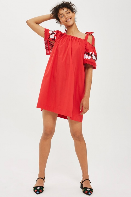 Mini robe Bardot brodée en popeline