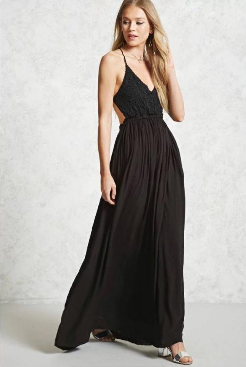 Robe noire en crochet