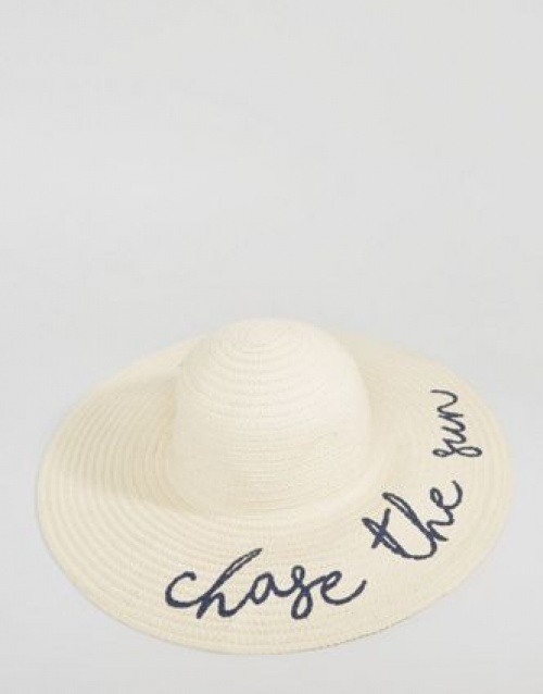 Chapeau chase the sun