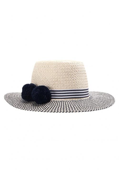 Chapeau à pompons
