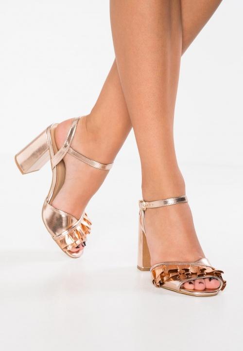 sandales métalisées