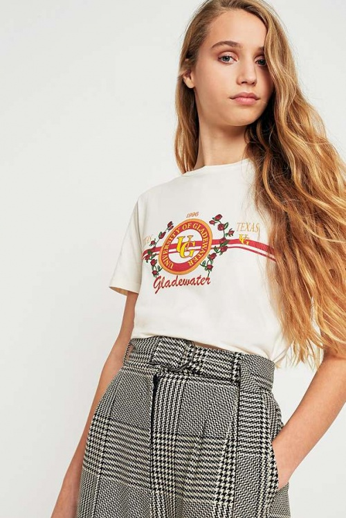 Urban Outfitters - T-shirt rose style universitaire