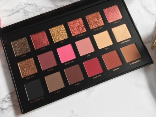 Huda Beauty - Textured Shadows Palette Rose Gold Edition