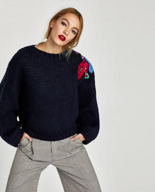 Zara - Pull avec broderie florale
