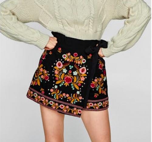 Zara - Short brodé