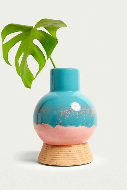 Urban Outfitters - vase en forme d'ampoule