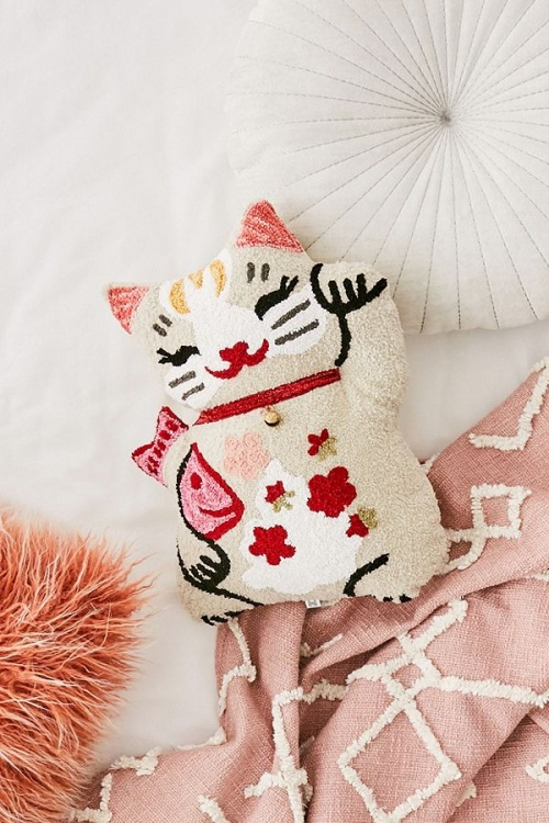 UO - Coussin chat
