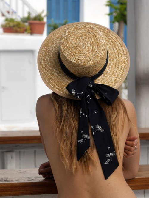 Scrunchie is Back - Chapeau