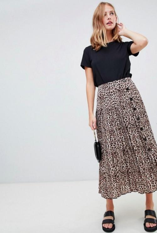 ASOS DESIGN - Jupe mi-longue plissée boutonnée à imprimé léopard