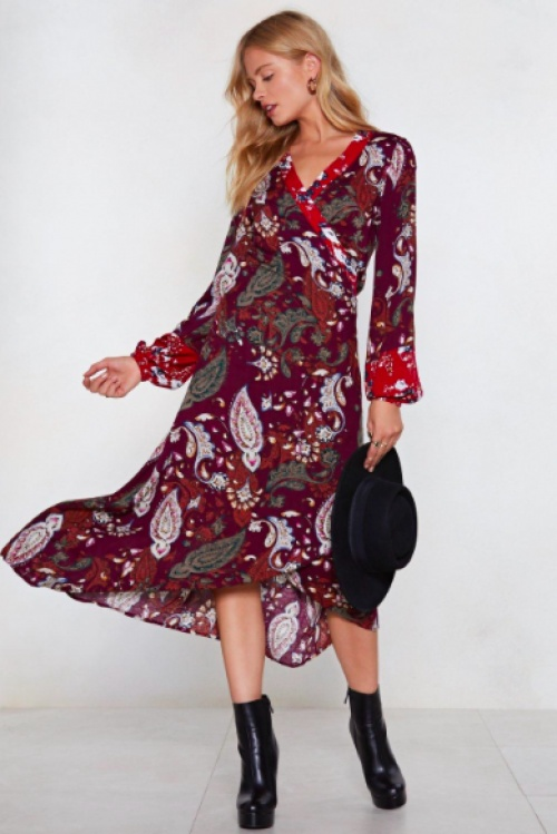 Nasty Gal - You Send Me Paisley Midi Dress