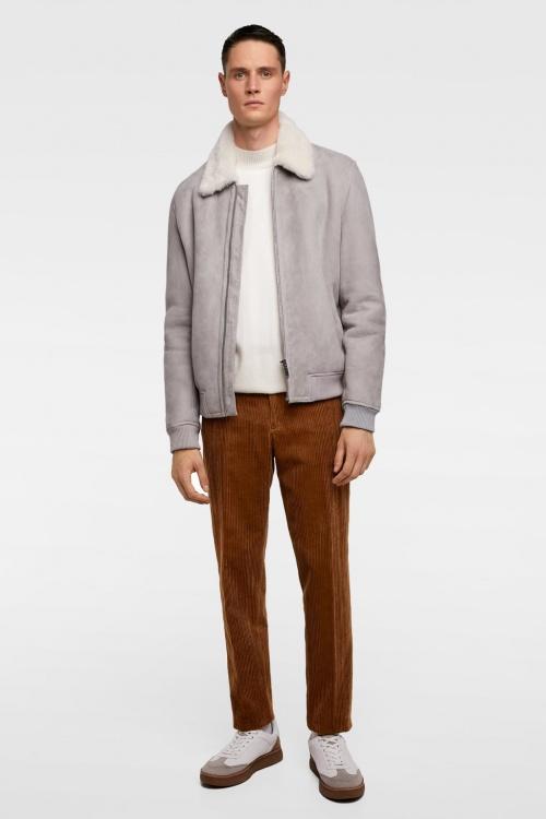 Zara - Pantalon en Velour Côtelé
