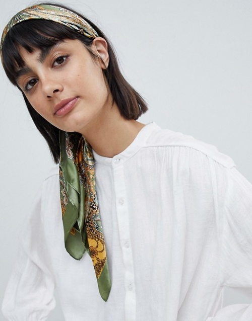 foulard soie kaki