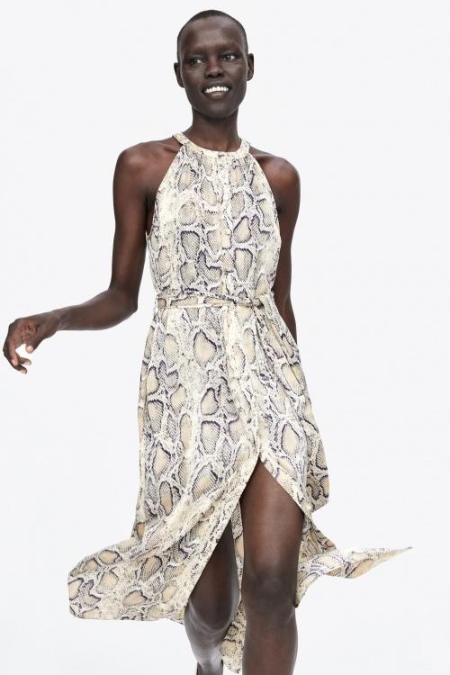 robe imprimé python
