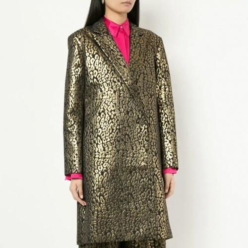 manteau léopard métallique