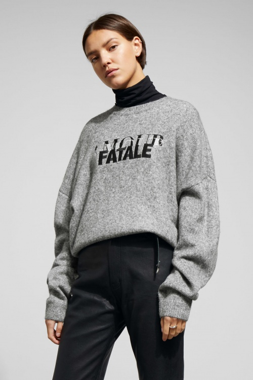 Weekday - Pull