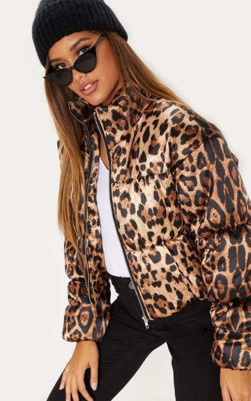 Doudoune satinée à imprimé léopard