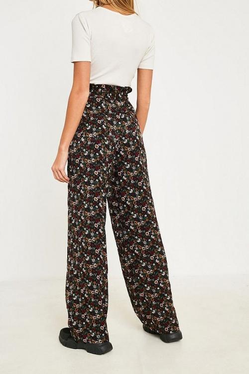 UO - Pantalon à imprimé floral