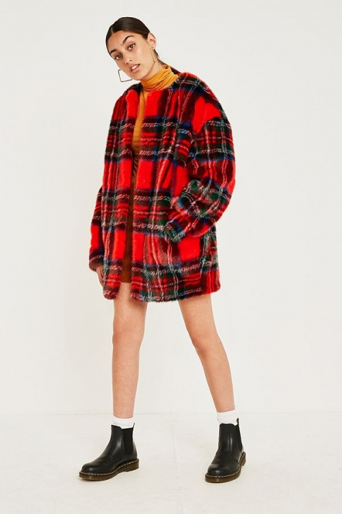 Jakke - Clara Red Plaid Faux Fur Coat