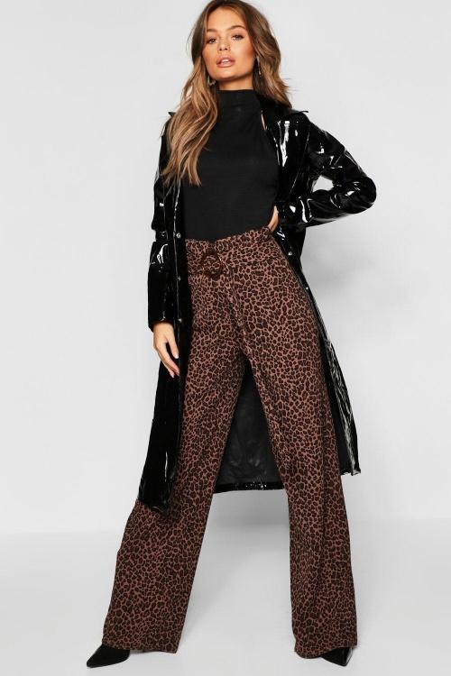 Boohoo - Pantalon imprimé léopard à ceinture froncé à la taille