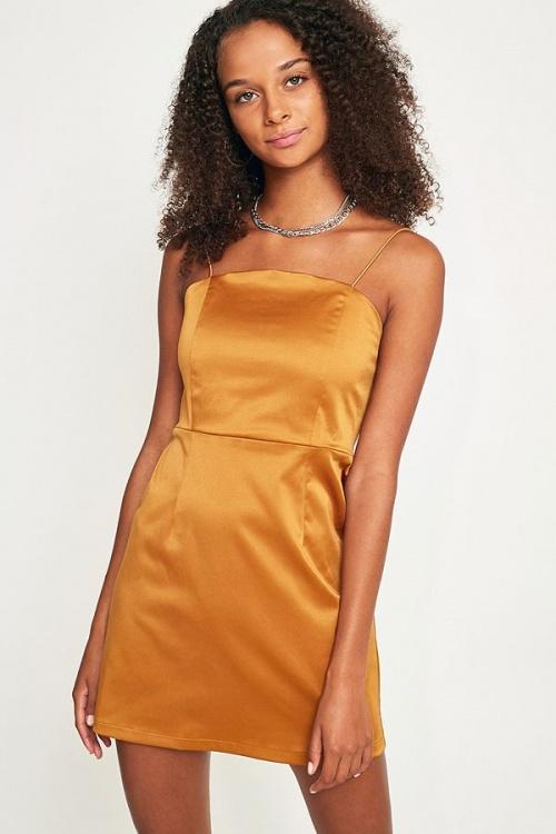 UO - Mini robe droite en satin