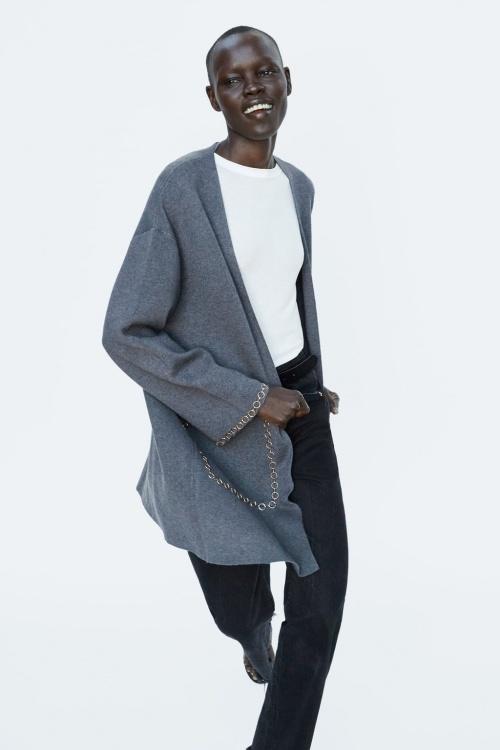 Zara - Manteau en maille avec chaînes
