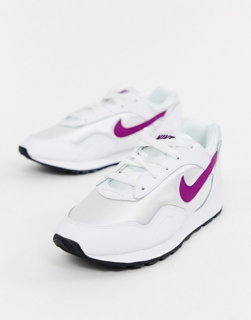 Nike - Outburst - Baskets