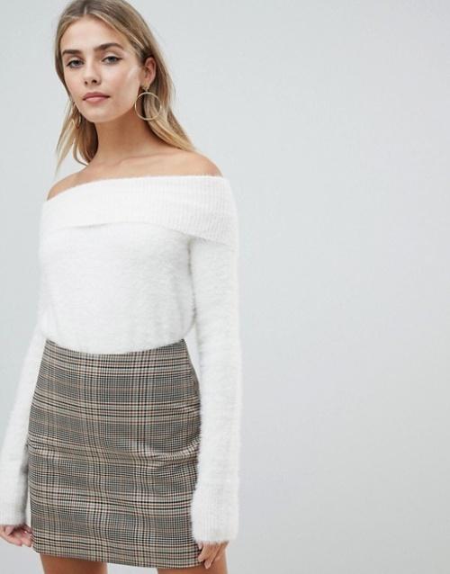 Fashion Union - Pull à épaules dénudées avec empiècement à franges