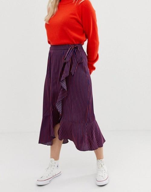 Glamorous Petite - Jupe portefeuille mi-longue en satin à rayures