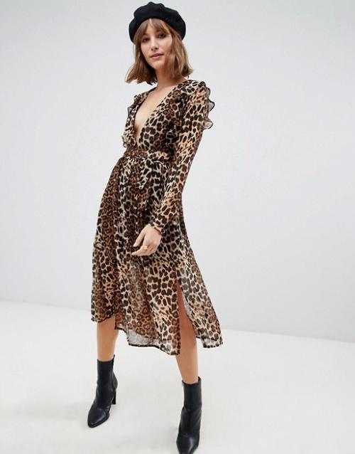 Glamorous - Robe mi-longue fendue sur le devant avec lien à la taille et imprimé léopard