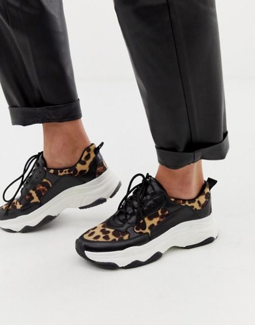 Public Desire - Grosses baskets à imprimé léopard