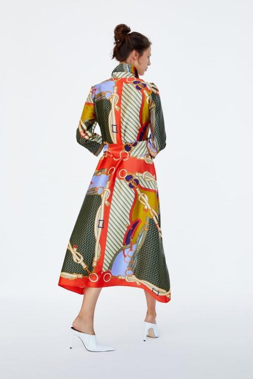 Zara - Robe imprimée foulard