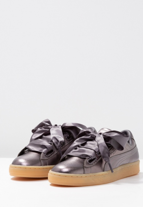 Puma- Baskets heart luxe