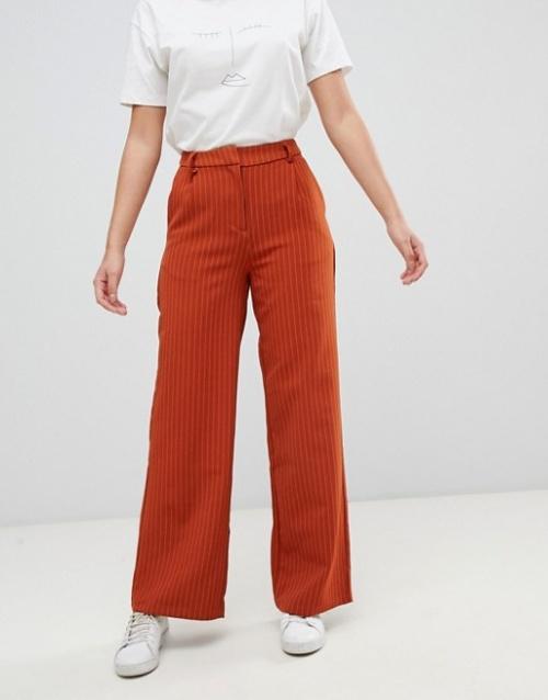 Vila - Pantalon habillé coupe évasée avec fines rayures
