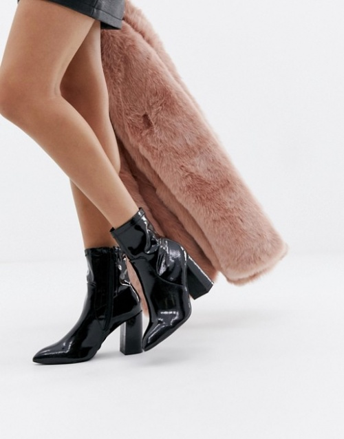 Public Desire - Bottines chaussettes vernies
