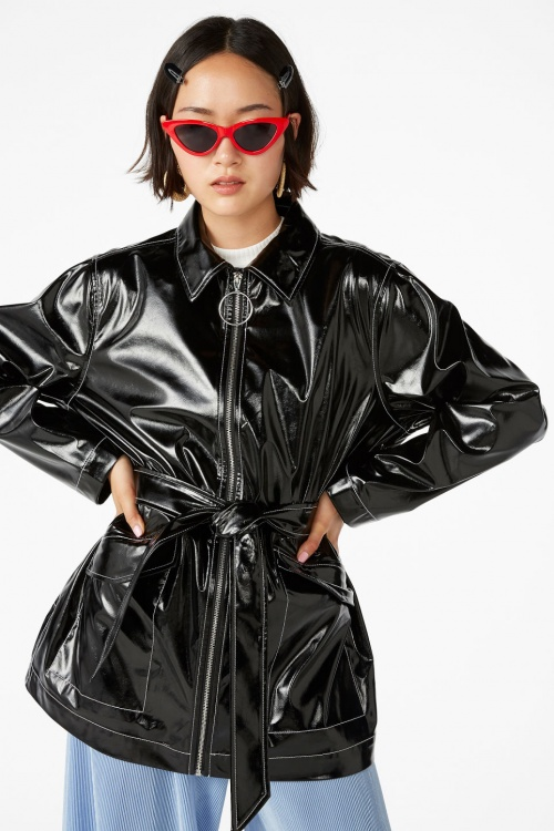 Monki - Veste en similicuir brillant