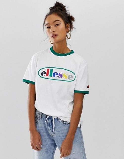 Ellesse - T-shirt à bordures contrastantes et logo arc-en-ciel sur le devant exclusivité ASOS