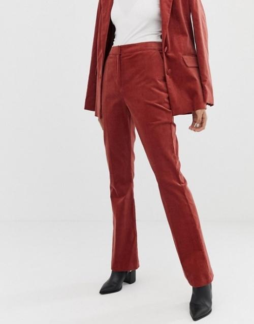 ASOS DESIGN - Pantalon de costume slim évasé en velours