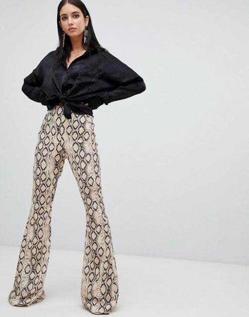 Missguided - Pantalon évasé à imprimé serpent