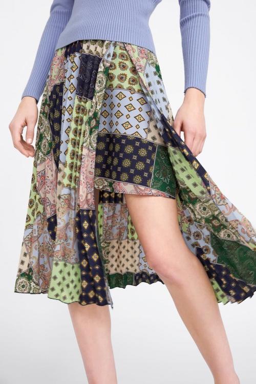 Zara - Jupe mi-longue plissée