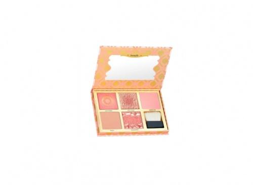 Benefit Cosmetics - Blush Bar