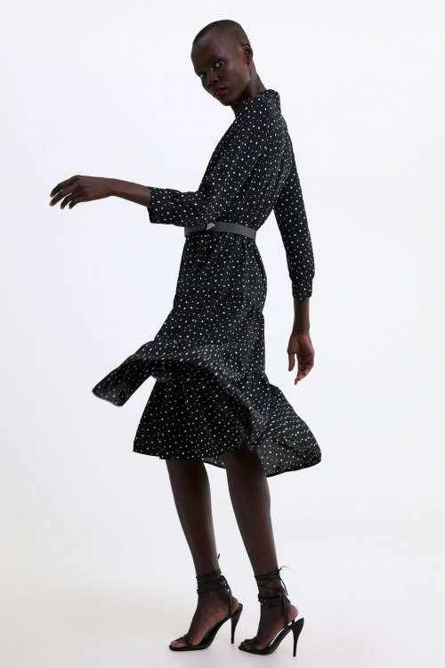 Zara - Robe à pois avec ceinture