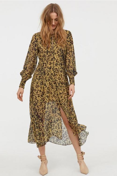 Robe en soie à motif léopard