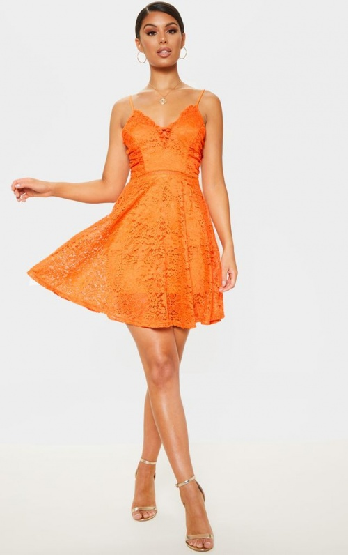 PrettyLittleThing - Robe patineuse