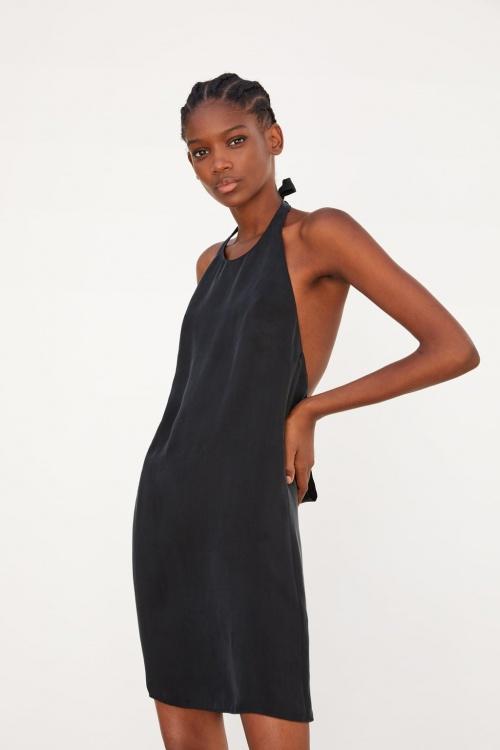 Zara - Robe à encolure américaine