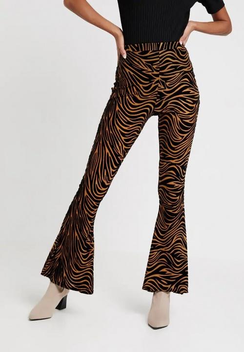 Missguided - Pantalon évasé