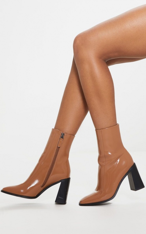 PrettyLittleThing - Bottines carrées vernies