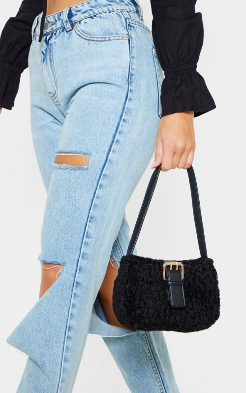 PrettyLittleThing - Sac baguette fausse fourrure