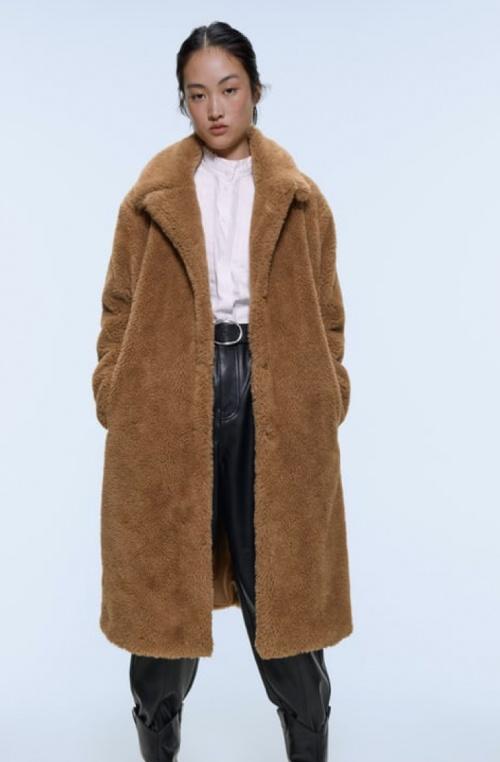 Zara - Manteau long effet fourrure