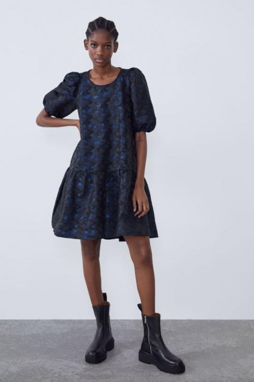 Zara - Robe en jacquard à volume